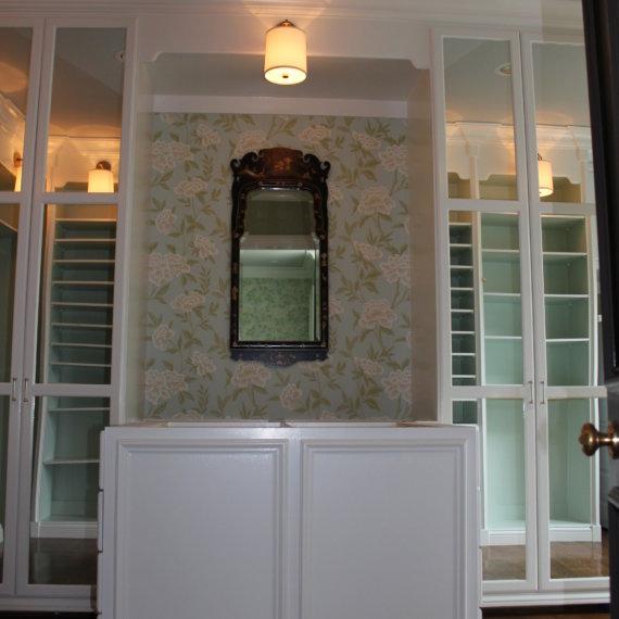 Closet Island Williamson County Dressing Room - The Closet Company